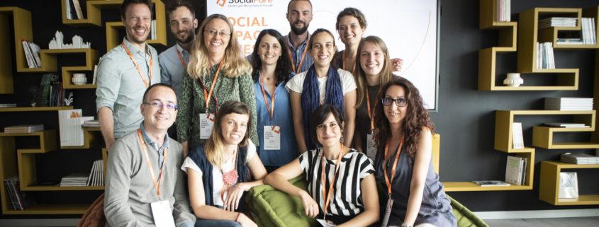 Una foto di gruppo del team SocialFare (2019)